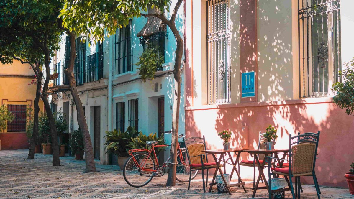 Why is Barcelona the best place to travel?